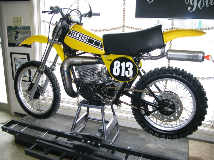 PETERS YZ400