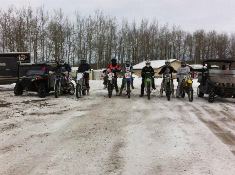 WINTER RIDING AT DEVILS MX PARK